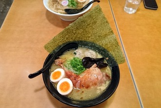 鶏白湯スペシャル