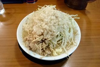 ラーメン(ニンニク少なめ、野菜・背脂増)